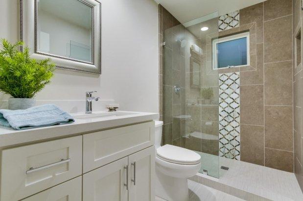 Bathroom Silestone Design in San Diego